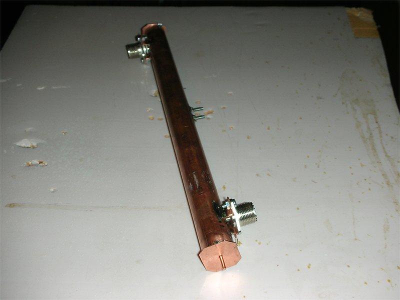Фильтр на коаксиальном резонаторе на 70см, ввод и вывод петлями, для опытов, сборе - фото